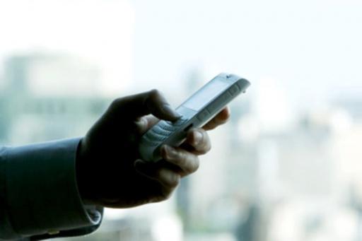 Homem  perde mil reais em golpe do celular em Nova Santa Bárbara