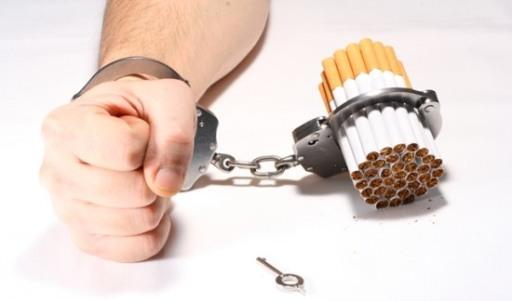 Resultado de imagem para cigarro mata
